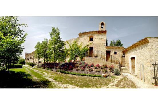 """Voir la page de l'établissement """"Castello di Semivicoli"""""""