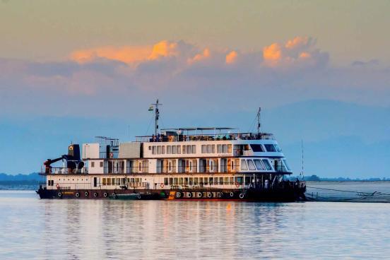 """Voir la page de l'établissement """"MV Mahabaahu Cruise"""""""